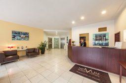 Novum Hotel Mariella Airport - Rezeption