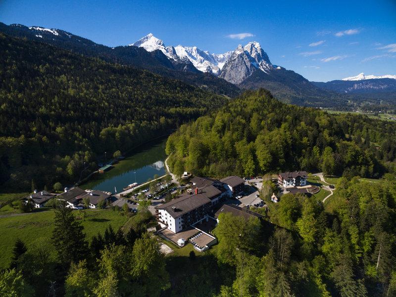 Riessersee Hotel ****Garmisch-Partenkirchen, Bayerische Alpen